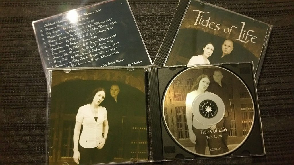Cover Debüt-Album Two Souls von Tides of Life